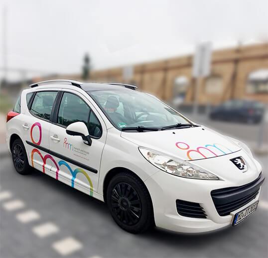 Mensch und Mouse, Fahrzeugbeschriftung